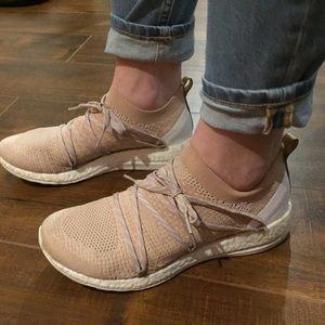Kvinners Adidas By Stella Mccartney Ren Boost X Sko AEg4j2WML